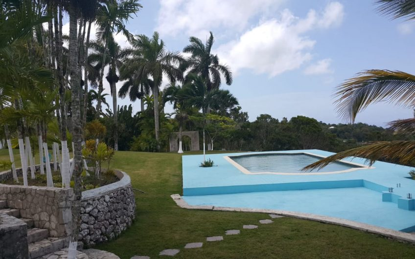 Beecher Town Estate – Ocho Rios, Jamaica